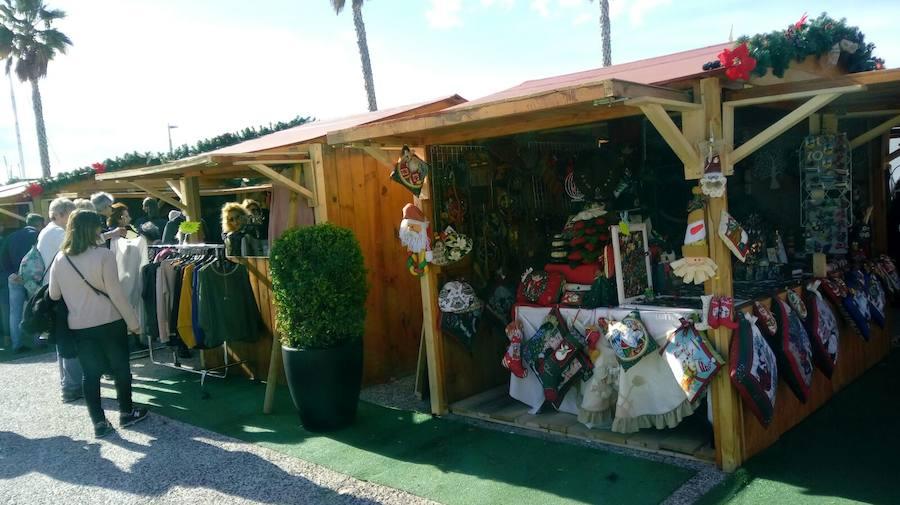 Mercadillo navideño diario en Muelle Uno