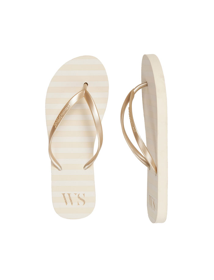 Chanclas doradas de Women's Secret