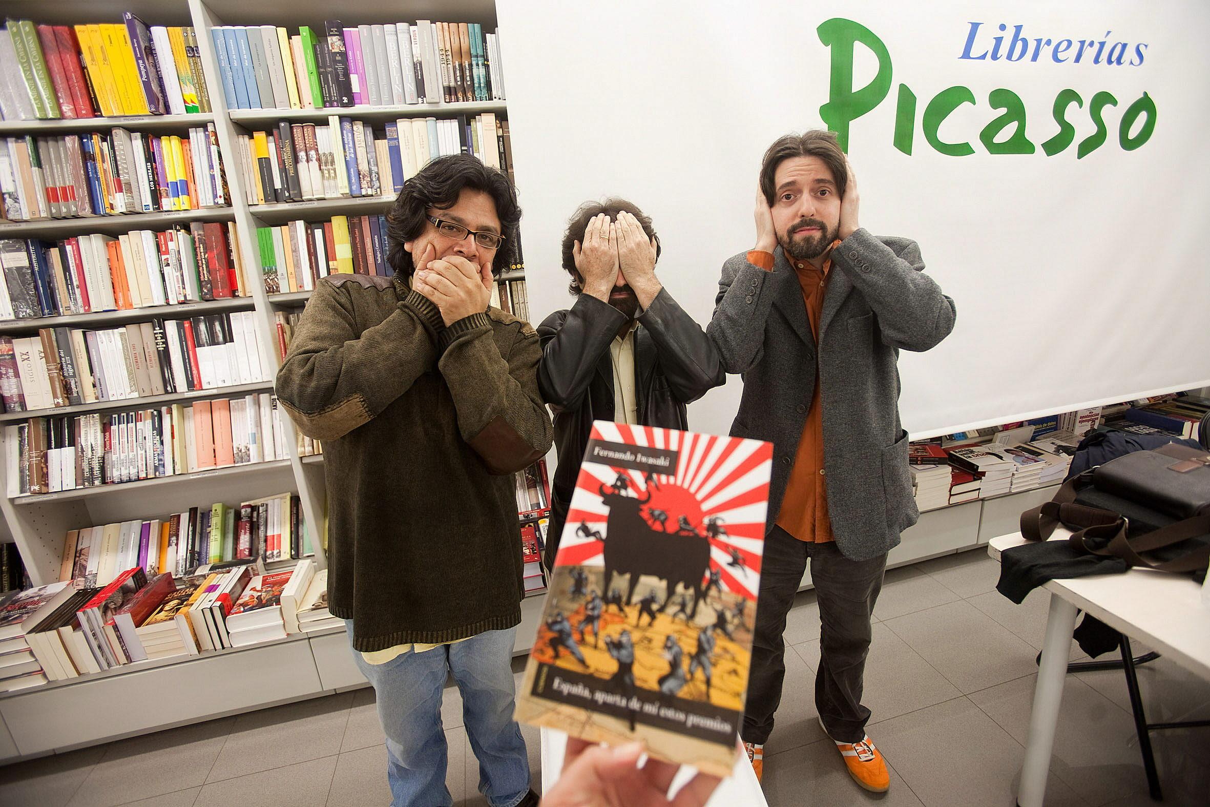 Iwasaki, Casamayor y Neuman, como los tres monos del templo japonés de Tosho-gu en Nikko. :: alfredo aguilar
